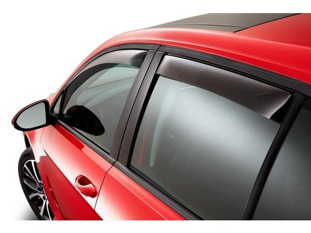 Diagram Side Window Deflector Kit - 4dr - Smoked (NPN072007) for your Volkswagen